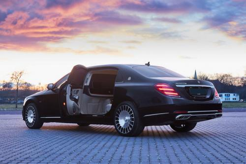 Limousine Mercedes maybach S650 11