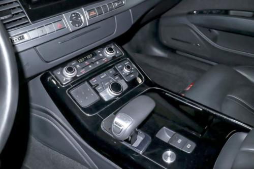 Audi A8 04