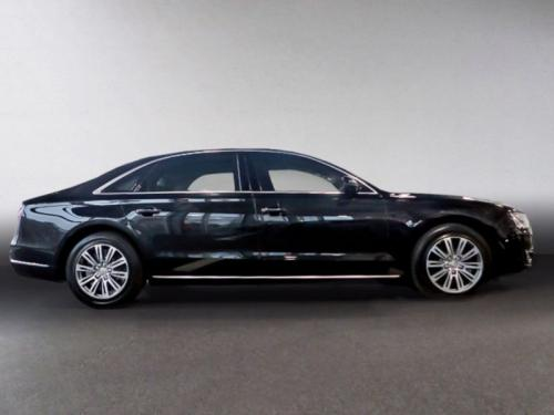 Audi A8 05