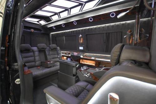 VIP Bus   11