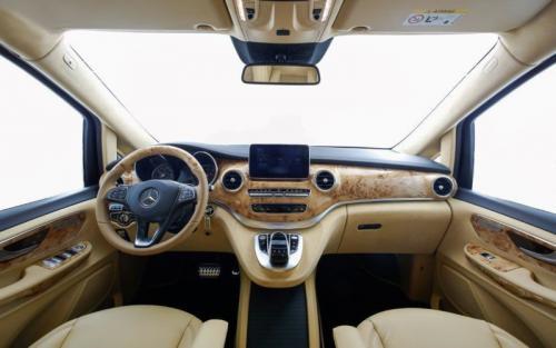 Mercedes Benz V 250   09