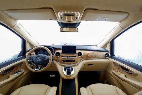 Mercedes Benz V 250   10
